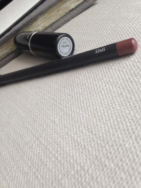 MAC Taupe Lip stick matched with Spice lip liner